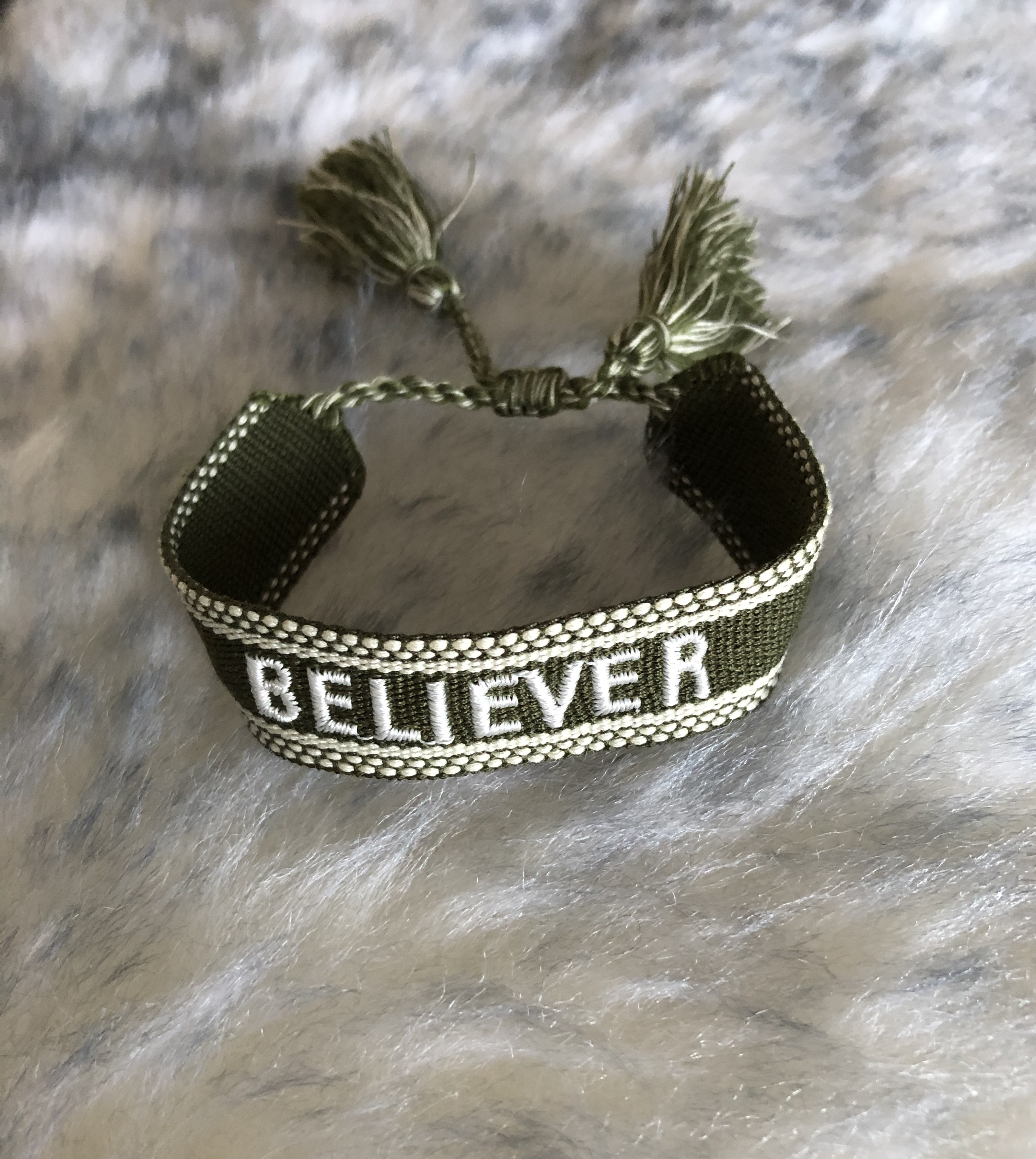"Canvasarmband ""Believer"" REA"