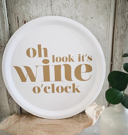 "Bricka ""Wine O´clock"" vit/guld"