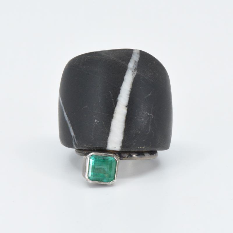 Ring | Kieselstein & Smaragd | Michael Kunze