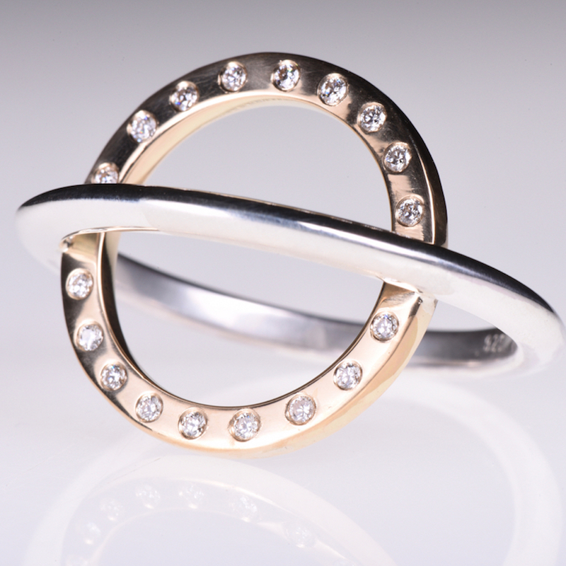Ring | Saturn mit Diamanten | Anina Caracas