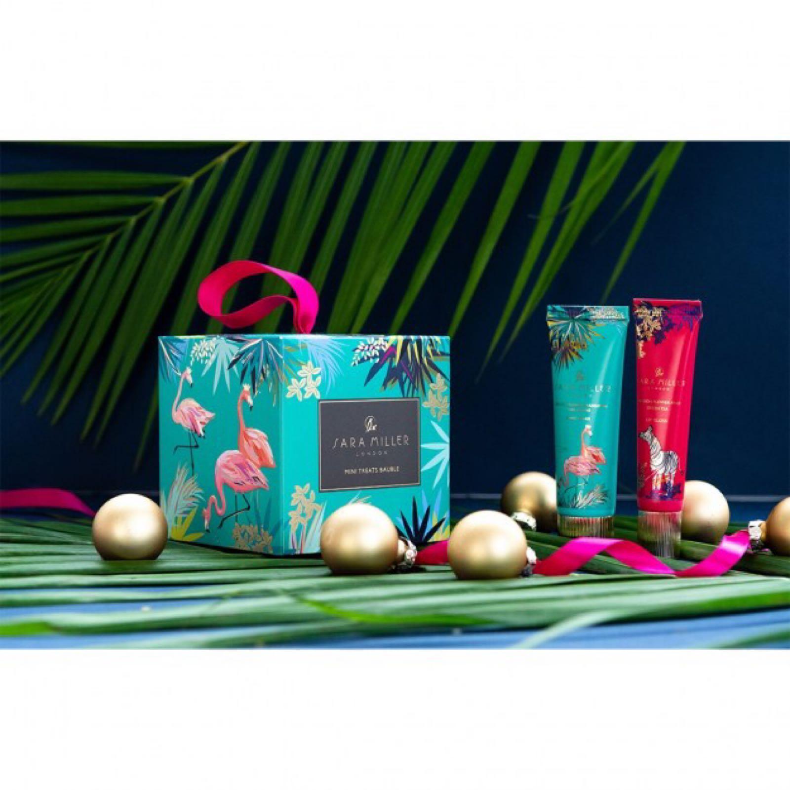 Sara Miller Tahiti Bauble 30ml Hand cream, 15ml lip gloss.