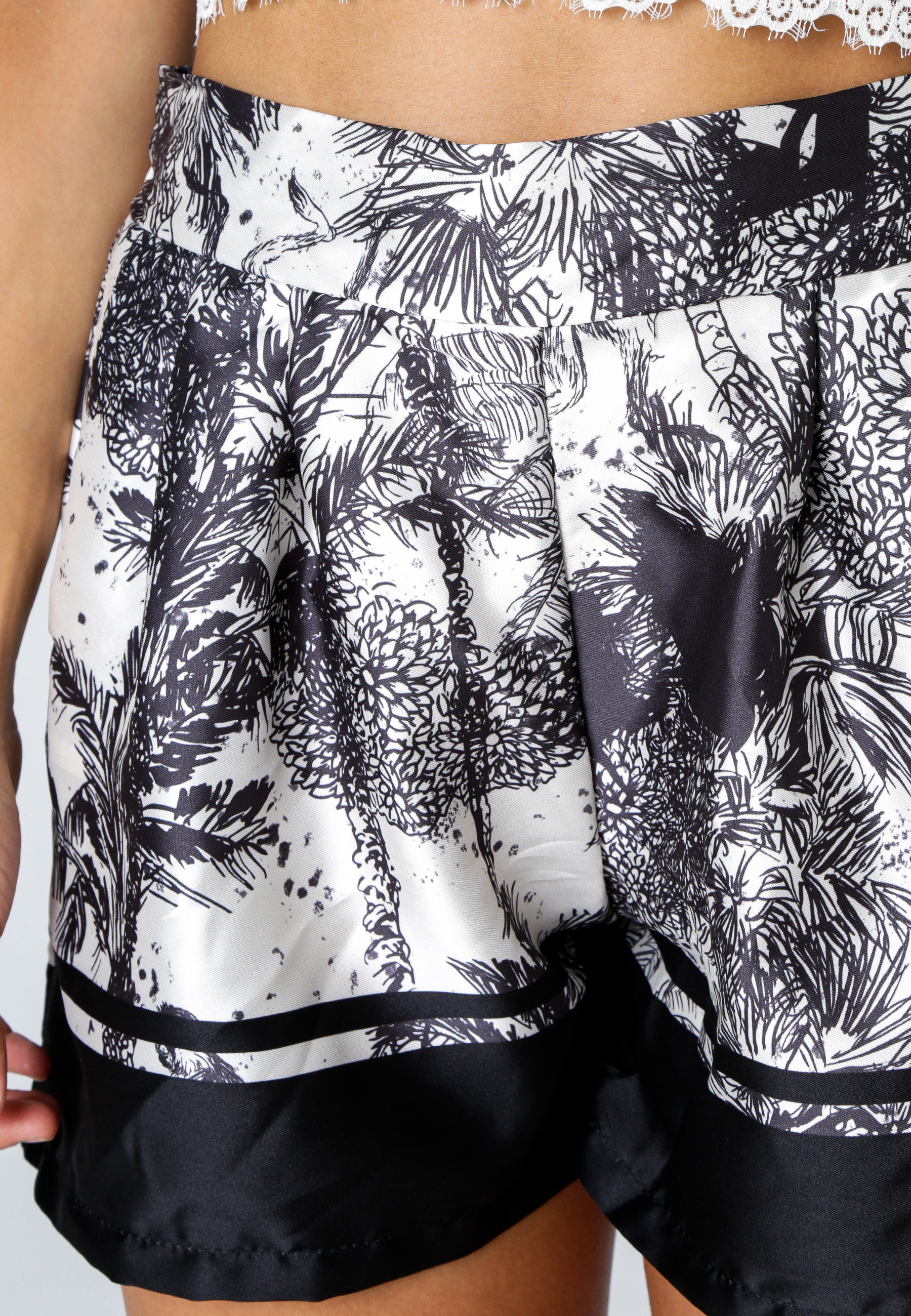 MiaZAYA Shorts Jungle