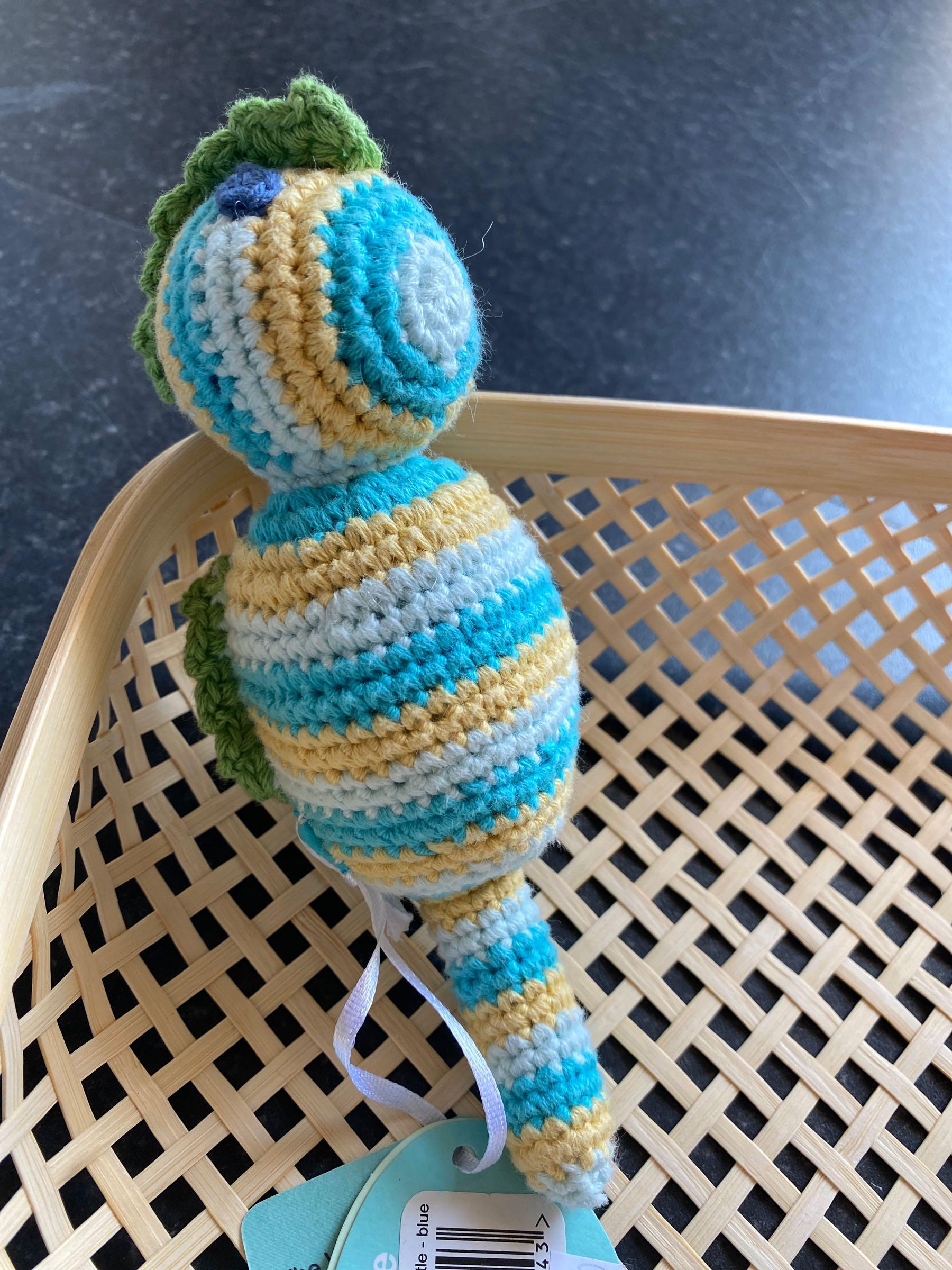 Pebble - Seahorse rattle blue
