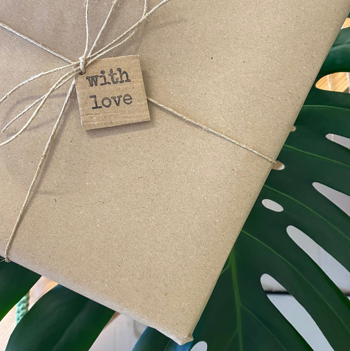 Gift Wrapping / Gift Box