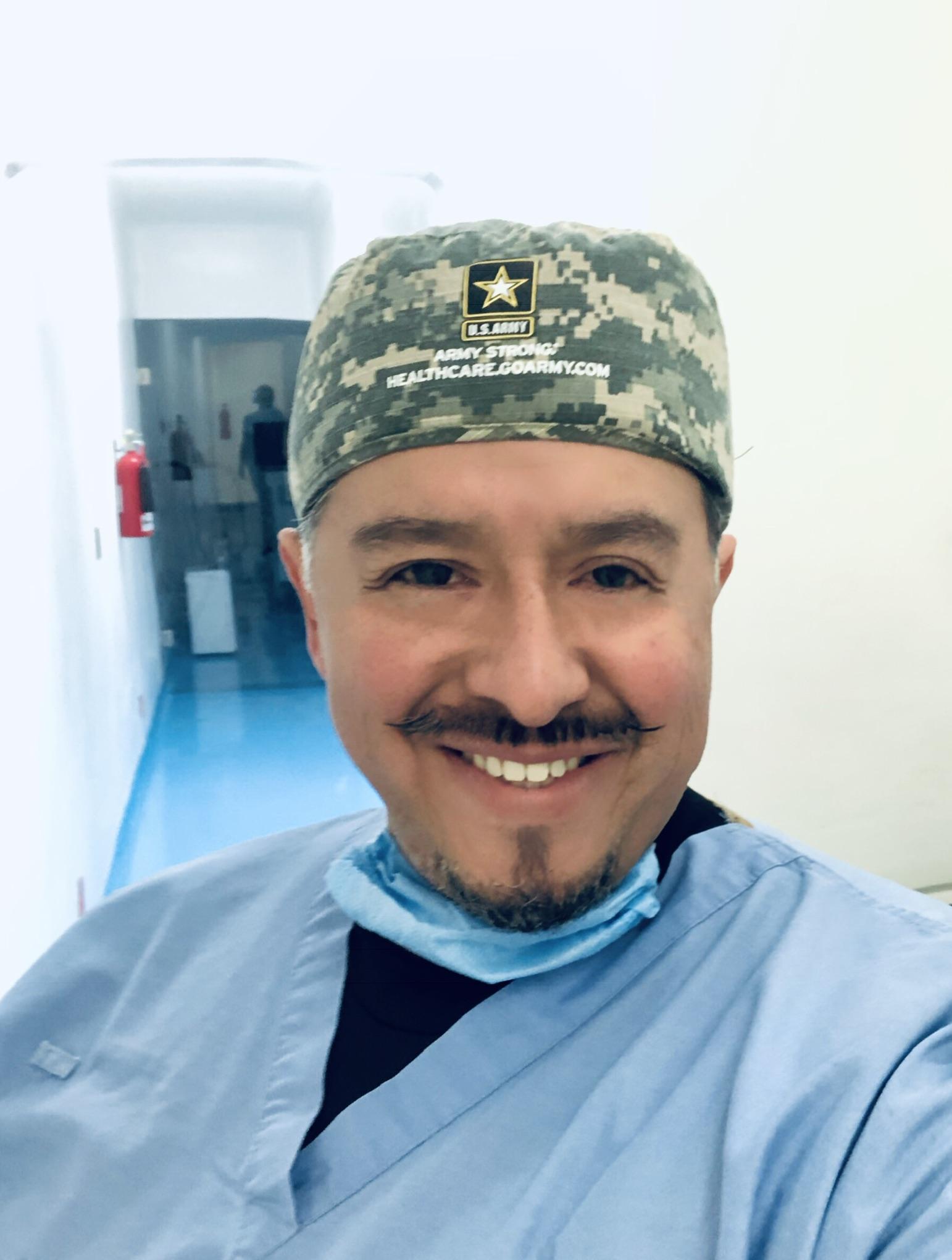 OFTALMÓLOGO DR MENGYAR JIMENEZ
