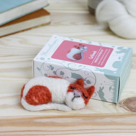 Cat Brooch Needle Felting Kit