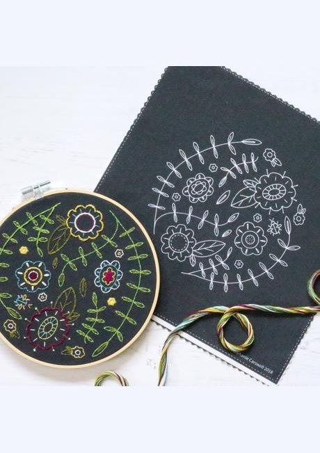 Spring Posy - Hoop Embroidery Kit