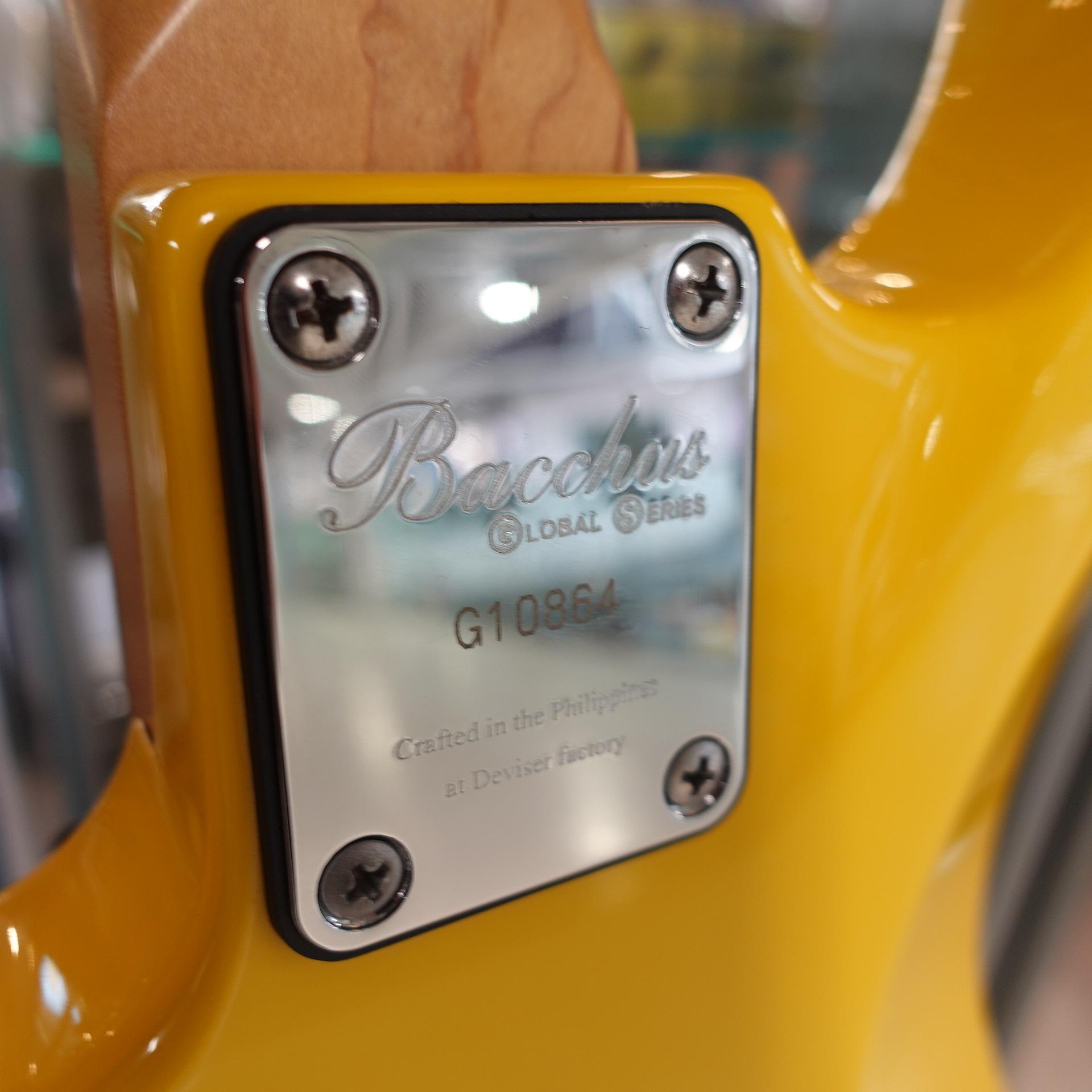 Bacchaus YLW Jazz Bass Yellow