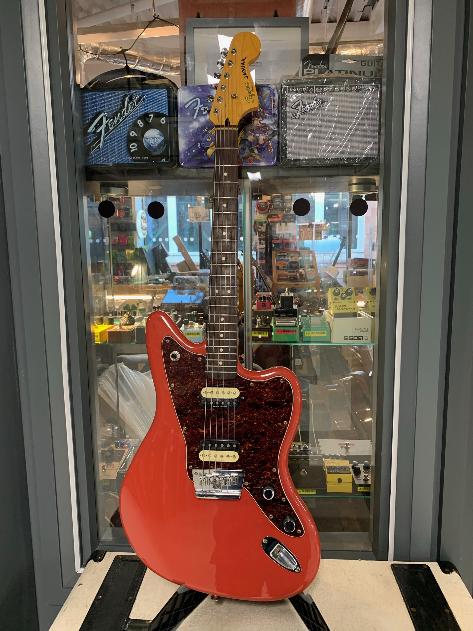 Squier Jaguar VM Fiesta Red