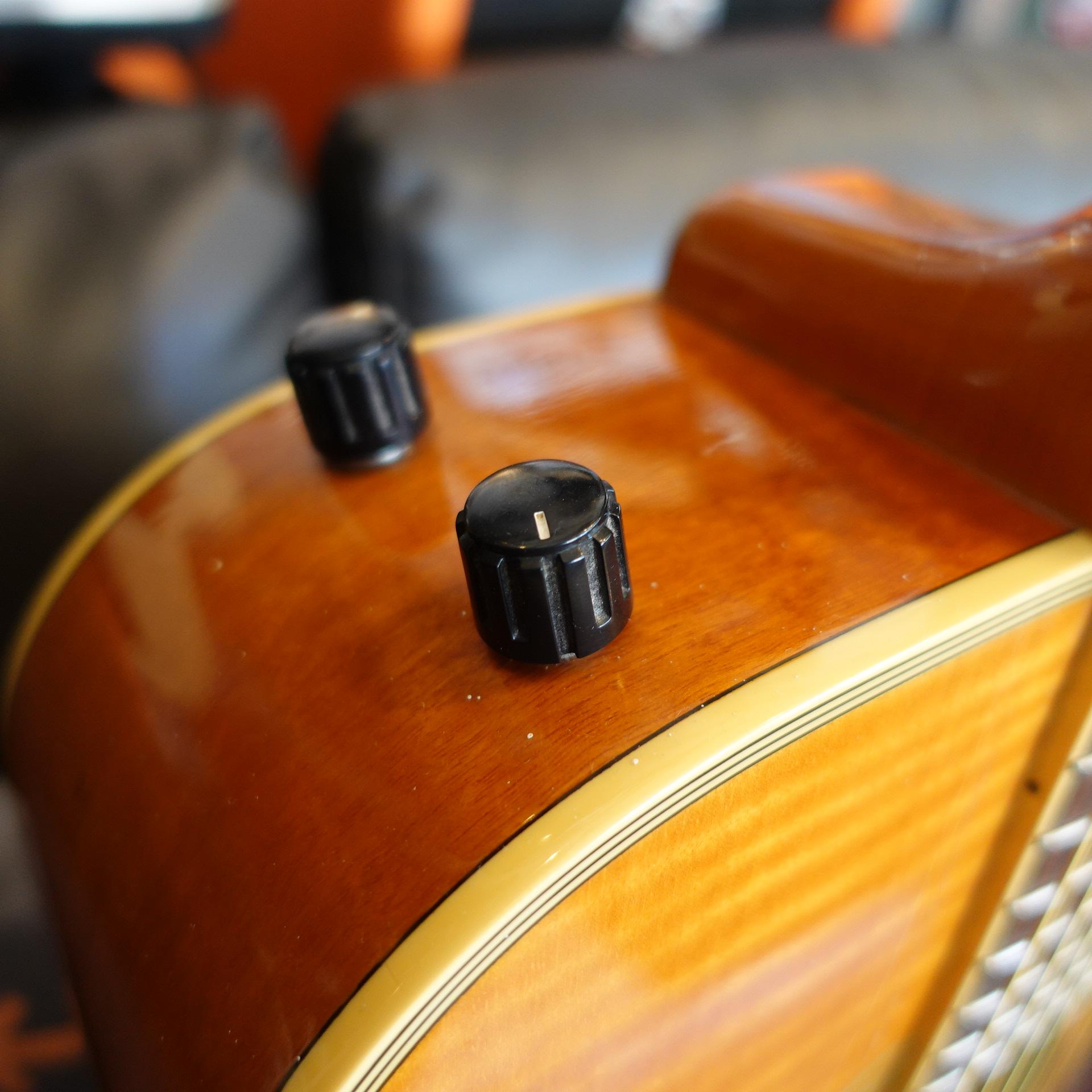 Fender La Brea Quite Maple Electro Acoustic 80s