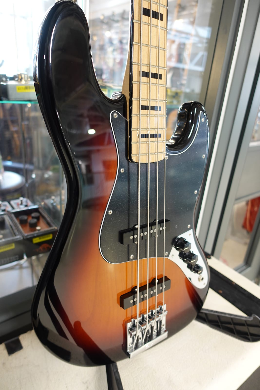 Fender MIM Geddy Lee Jazz Bass2019 3-Color Sunburst