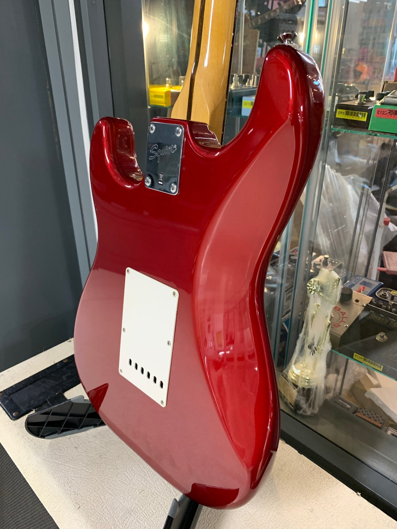 Squier Surf Strat Red