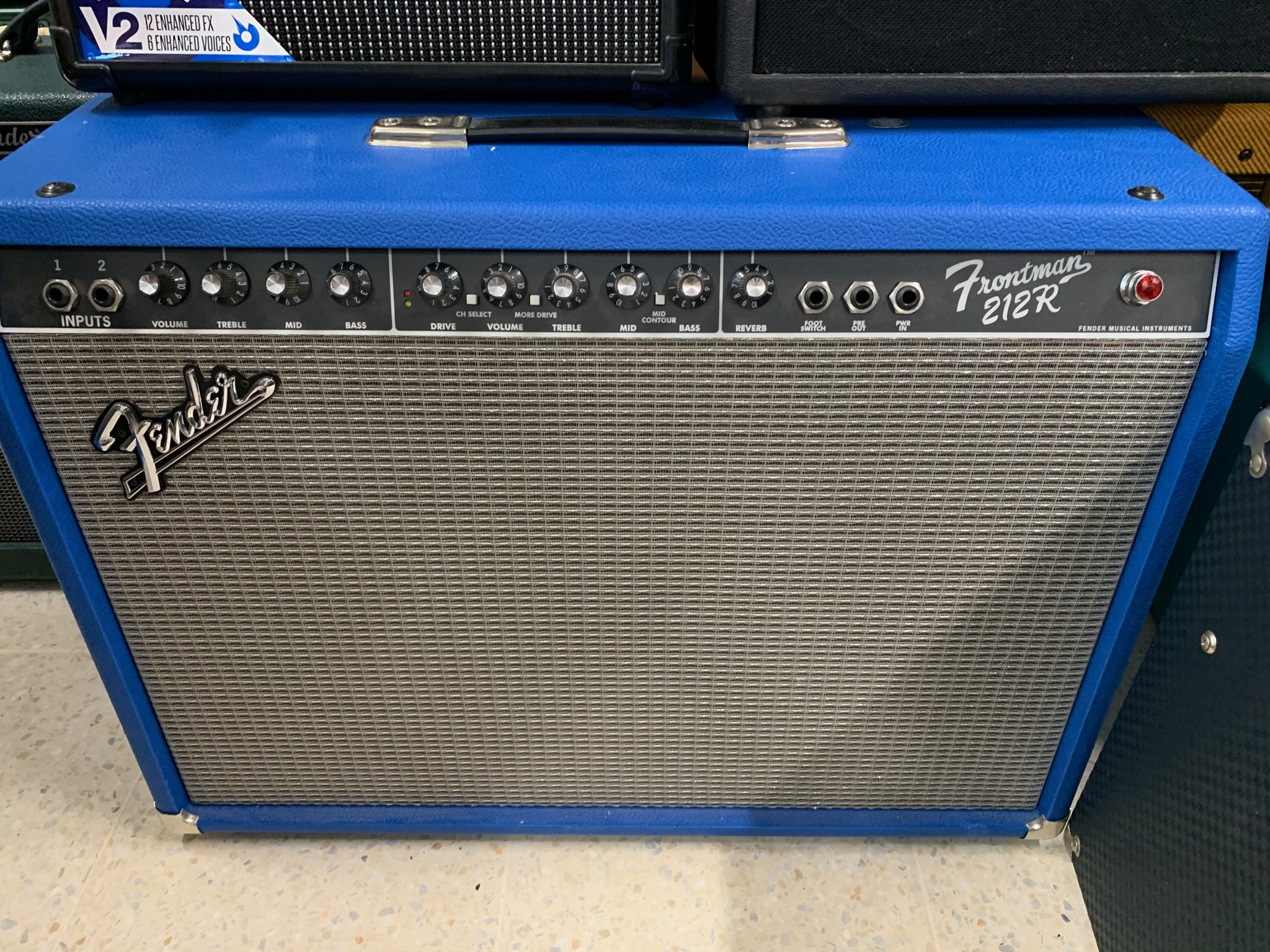 Fender Frontman 212R Limited Electric Blue
