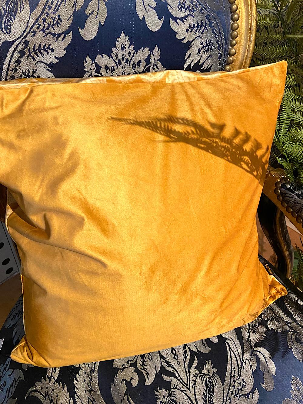Vanilla Fly tyynynpäällinen kullankeltainen 50x50cm