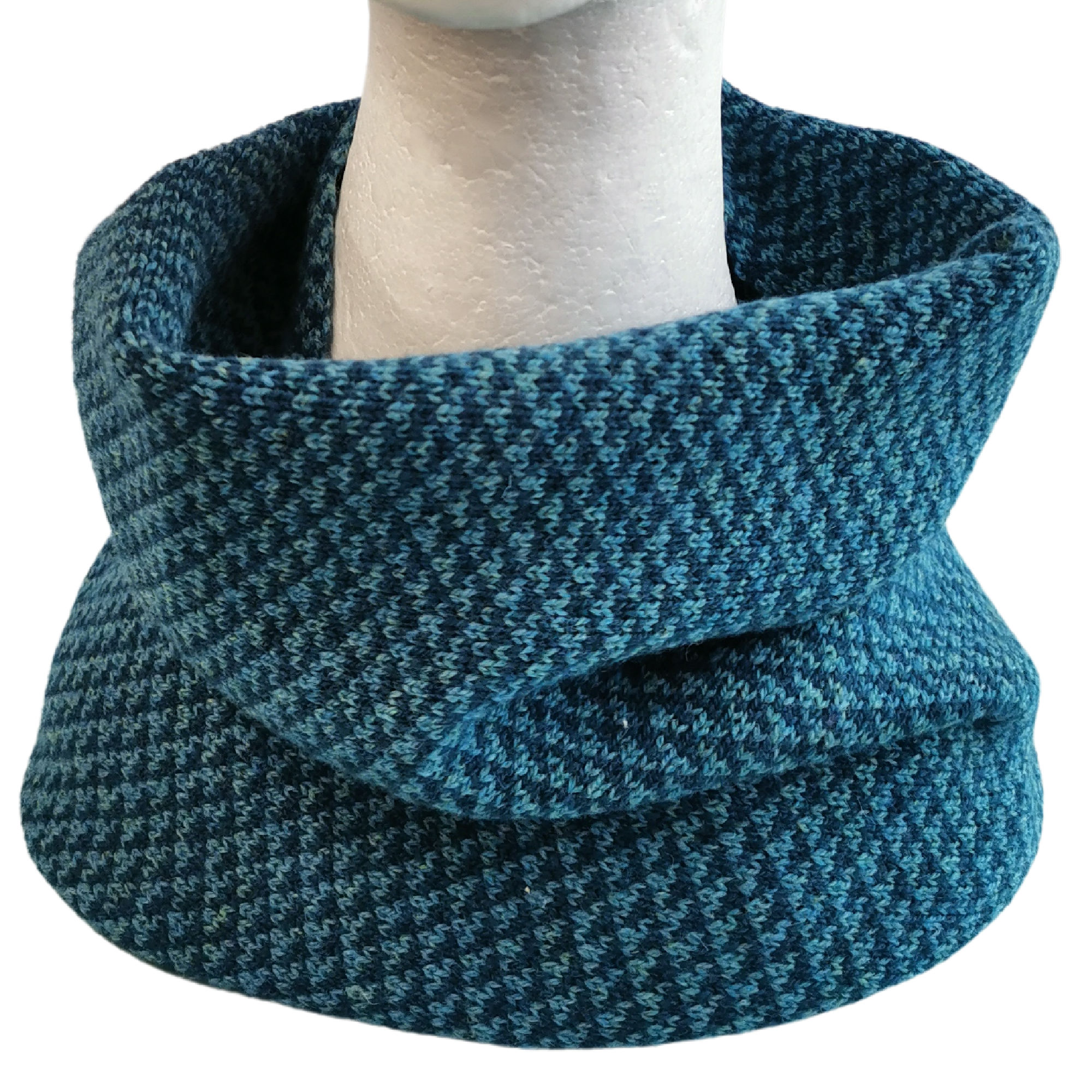 Cowl Harris Design by Olive Pearson