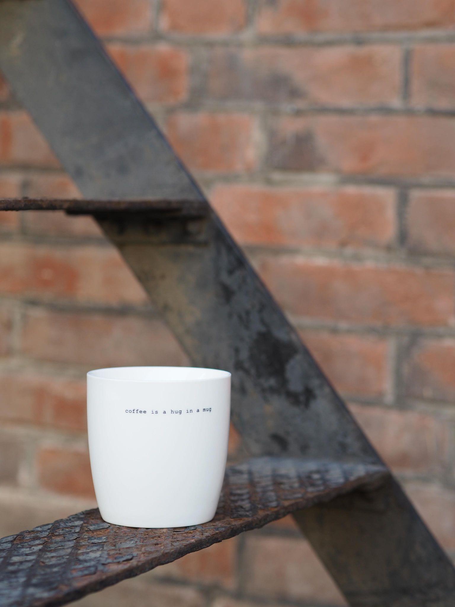"Sögne ""Coffee is a Hug in a Mug"""