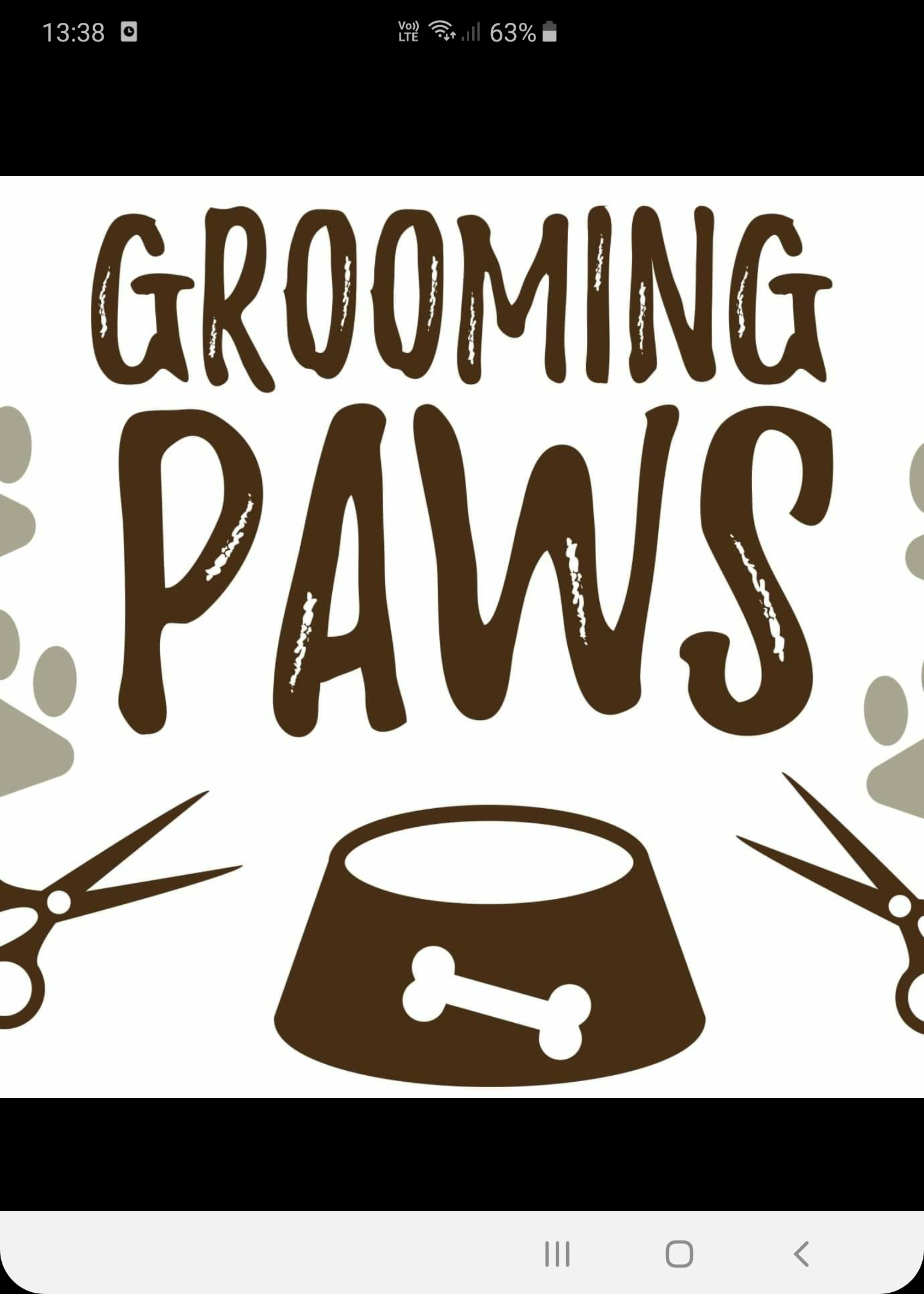 Grooming paws