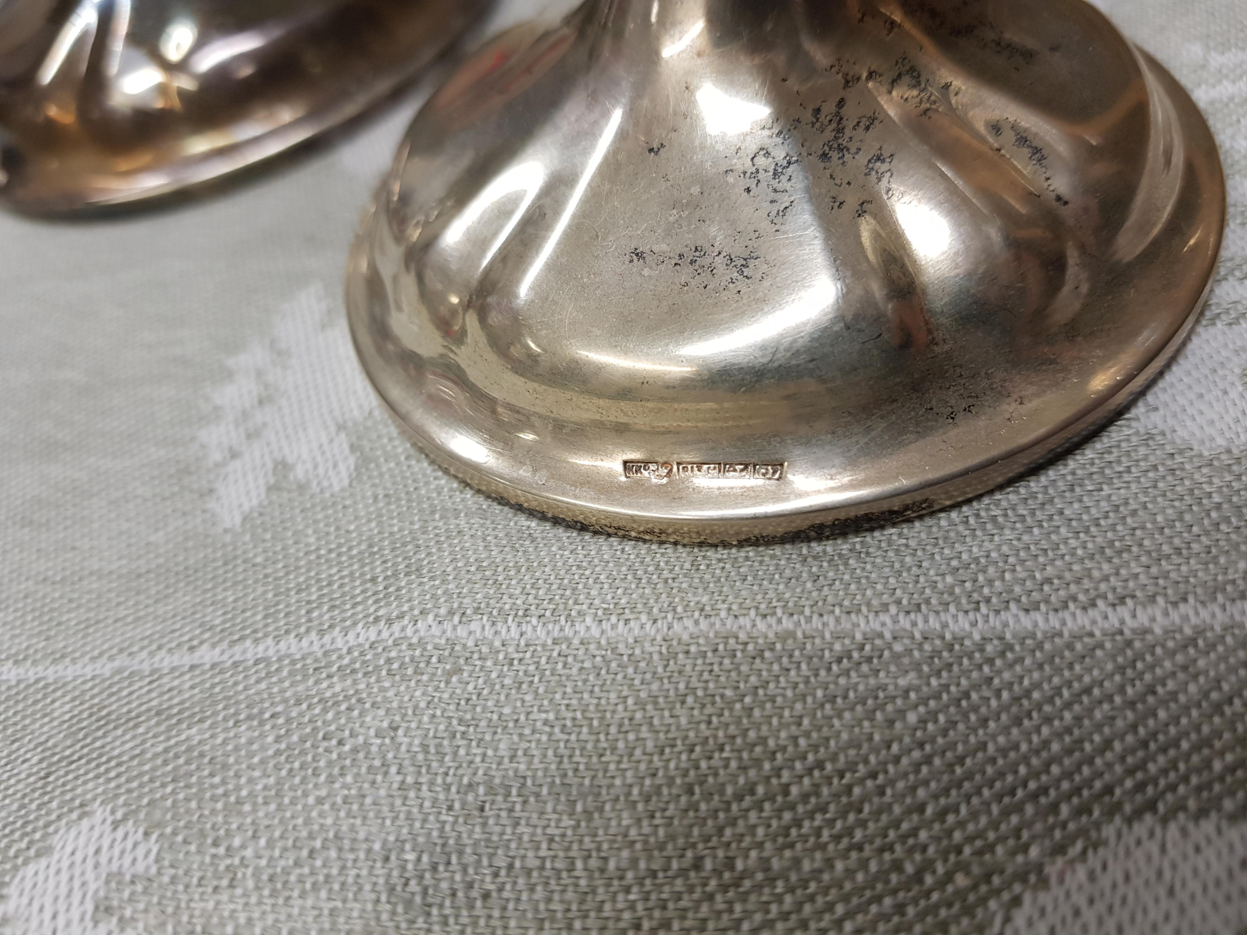 Hopeiset kynttilänjalat, 2 kpl