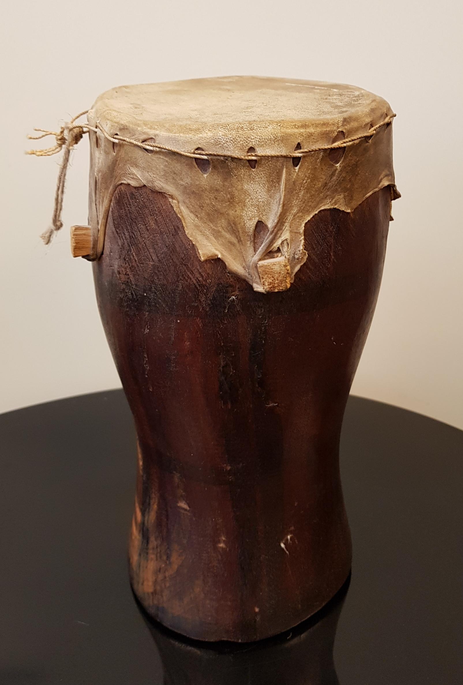 Afrikkalainen vanha rumpu