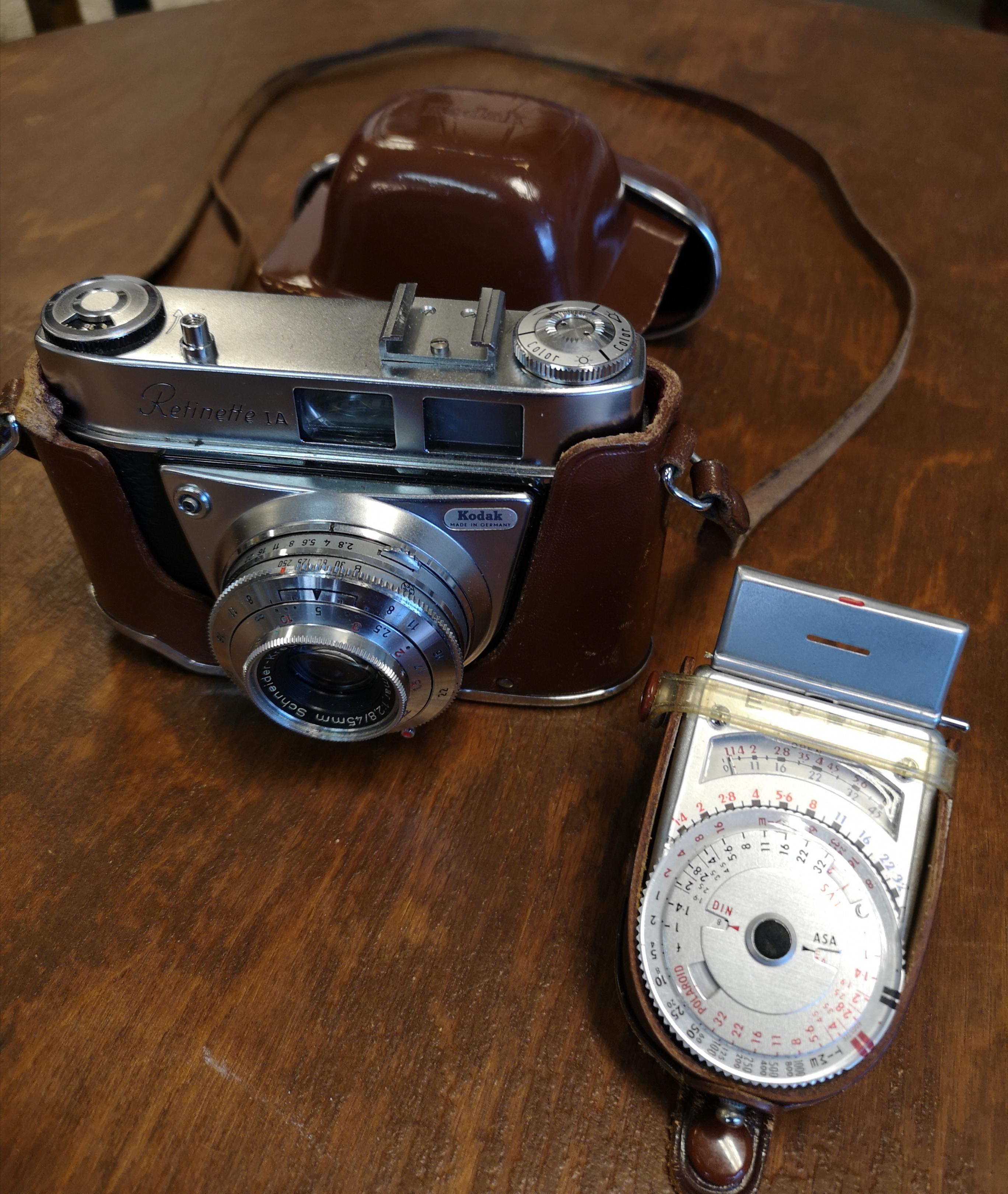 Kodak Retinette 1A ja valotusmittari