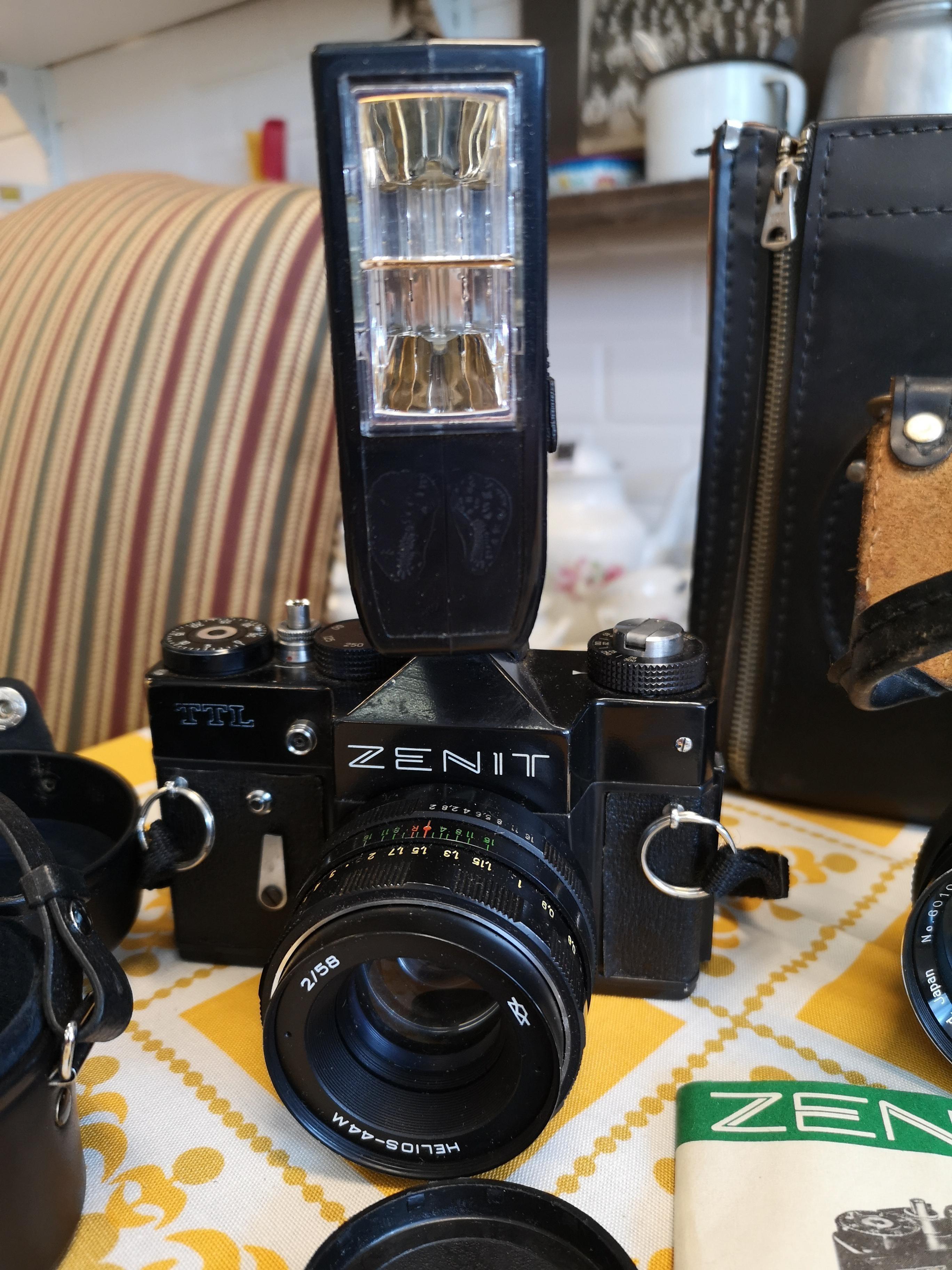 Zenit TTL kamerasetti