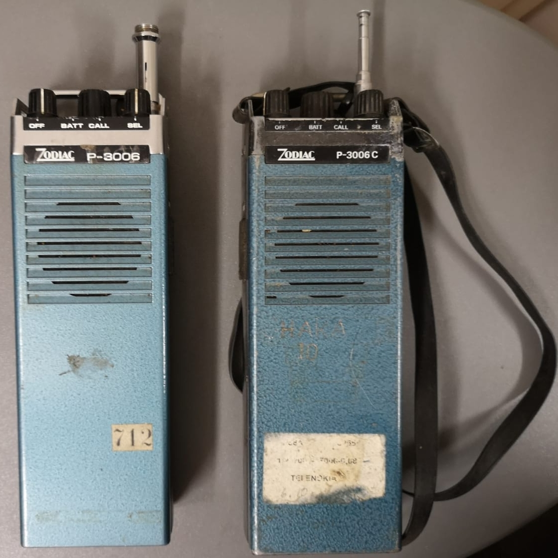 Zodiac P3006, vanha cb-puhelin pari, 1970-luku