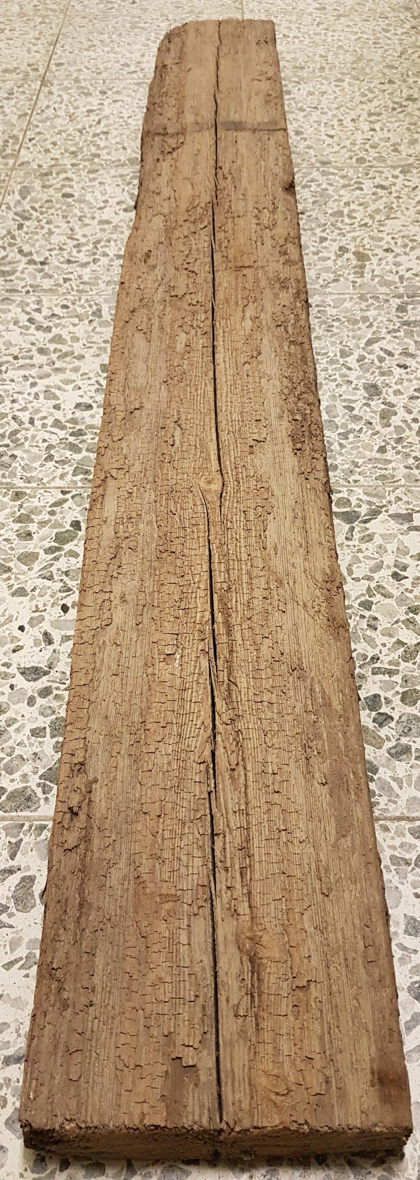Vanha ajopuu, pituus 150 cm