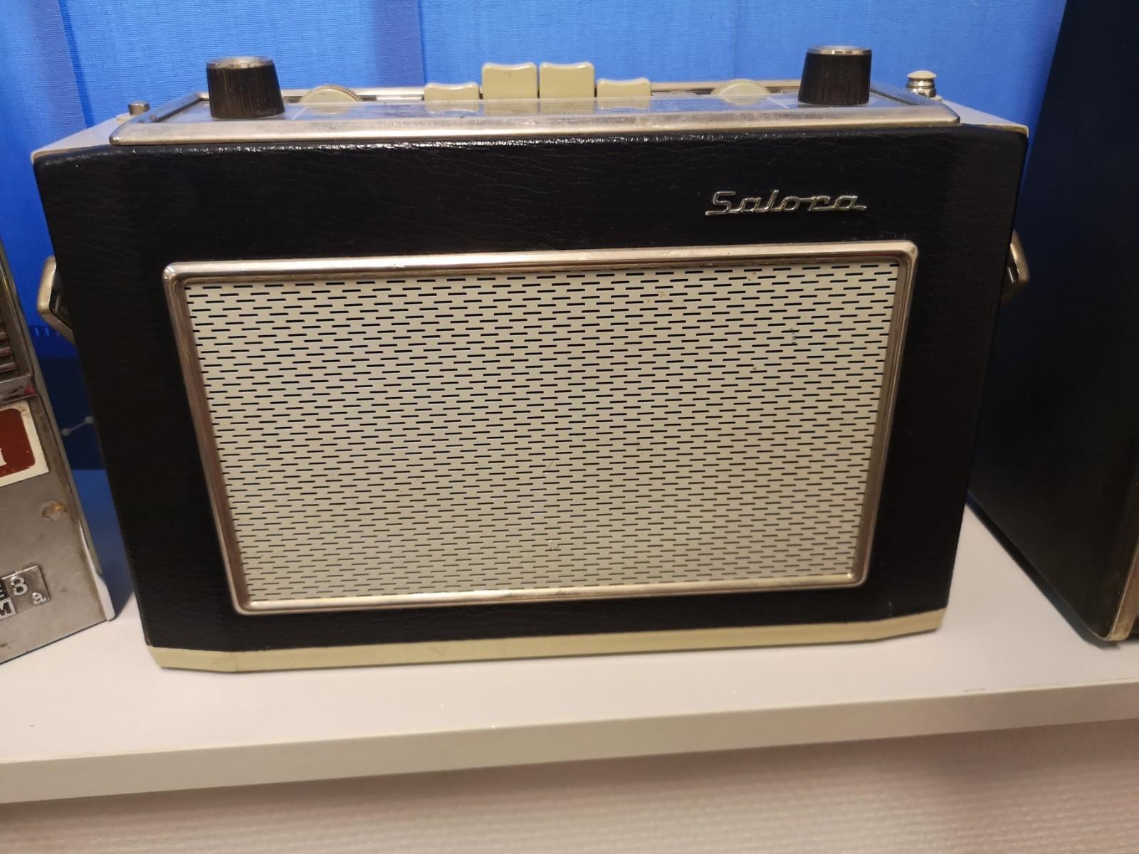 Salora Safir matkaradio