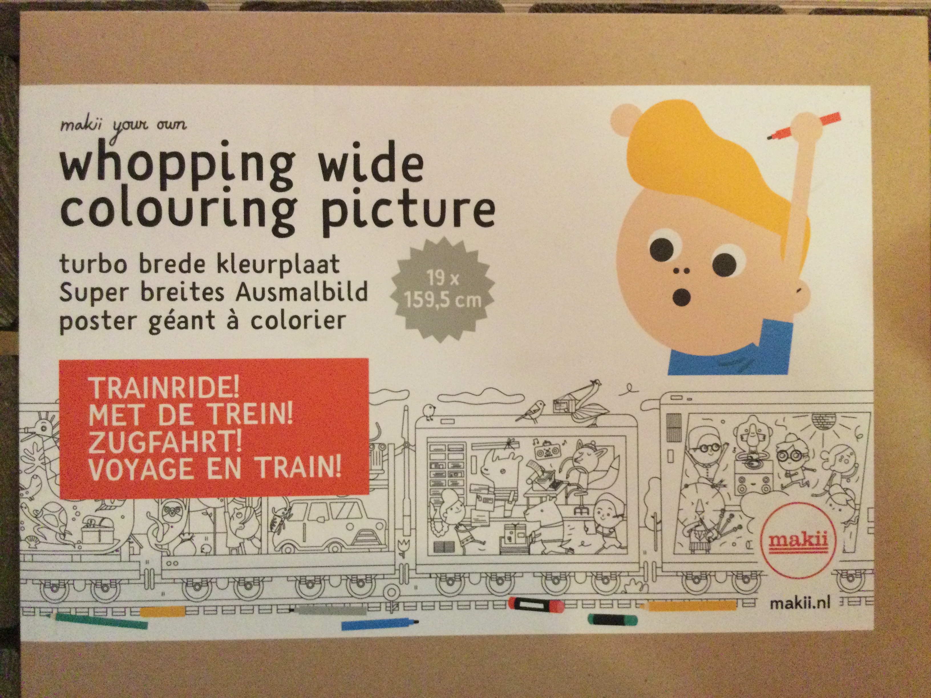 Makii - whopping wide colouring picture- Trainride