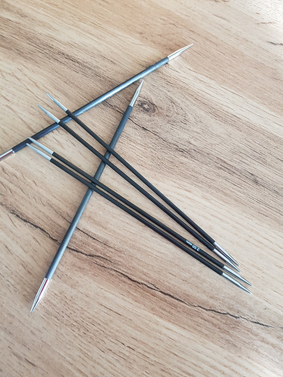 Knit pro Karbonz strumpstickor
