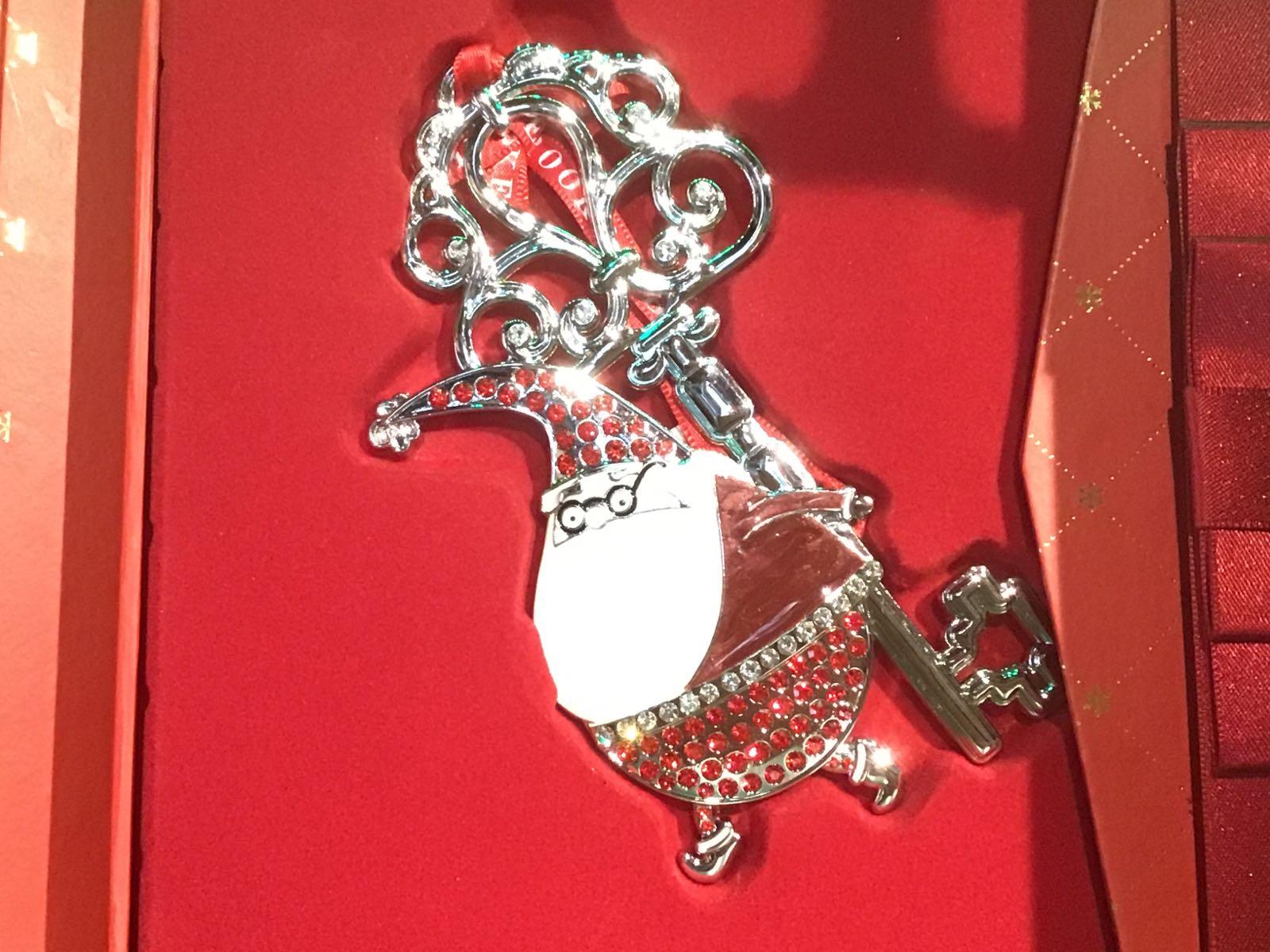 Sparkle Santa with Magical Key