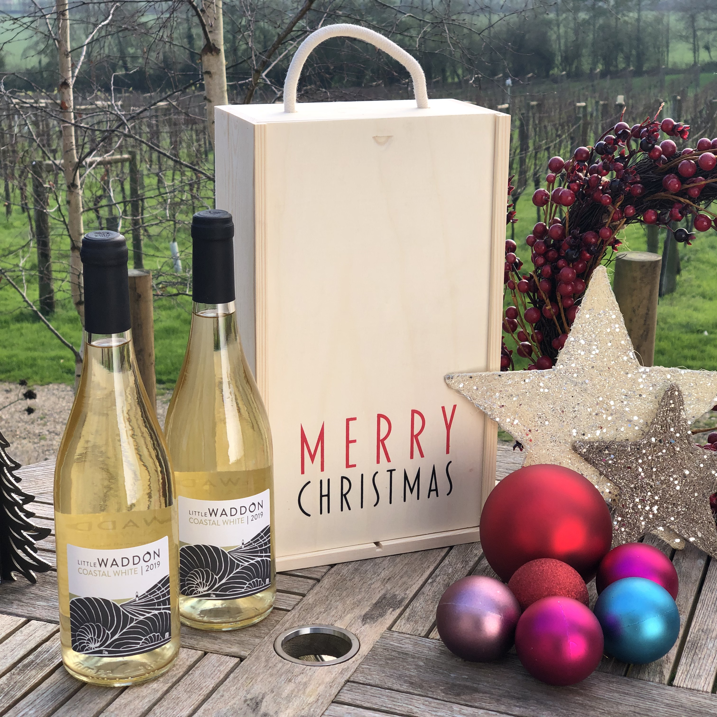 White Christmas Special - Wine & Gift Box