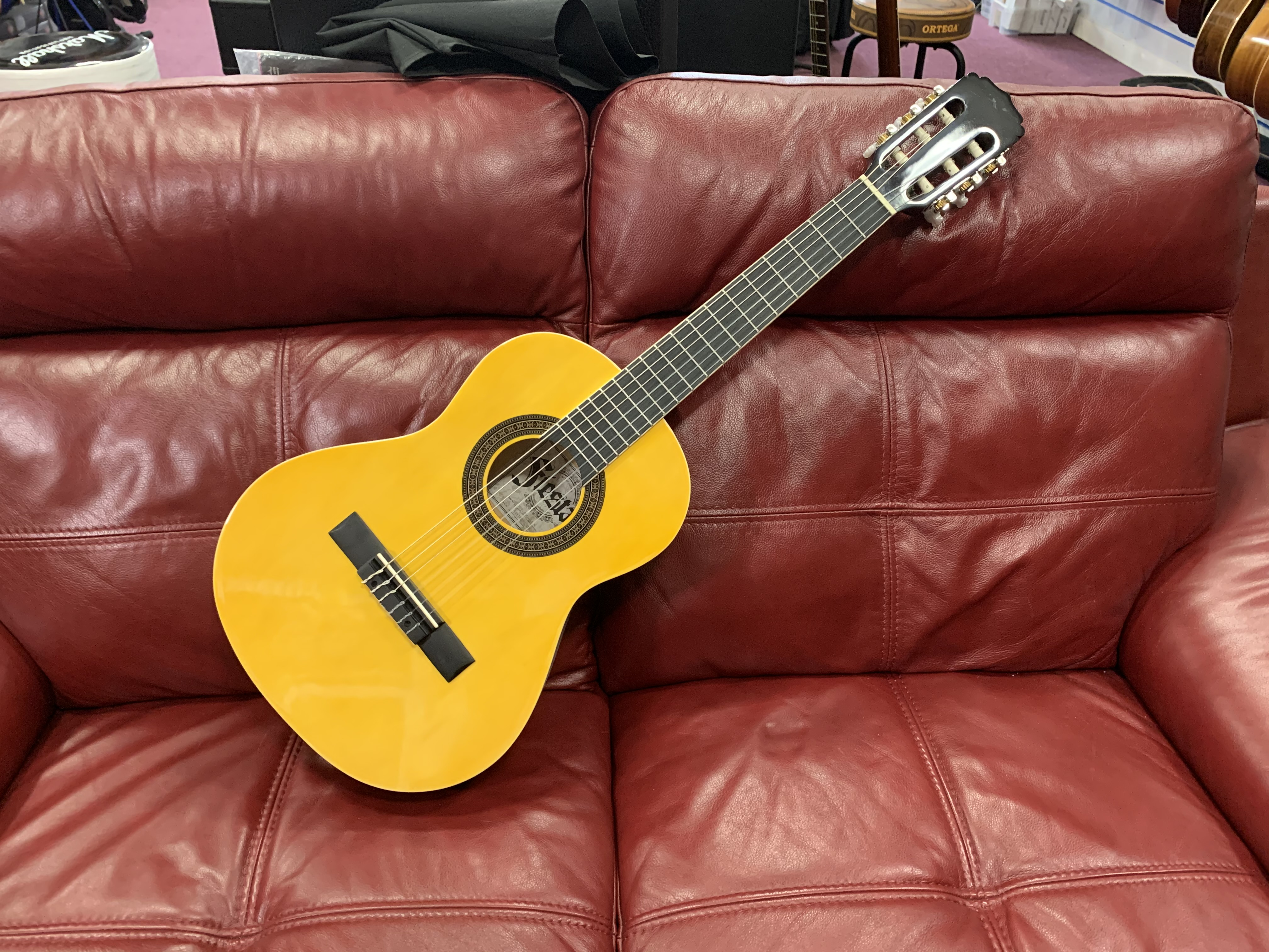 Fiesta FST-200-53 N Half Size Classical (In store or online then pickup only)