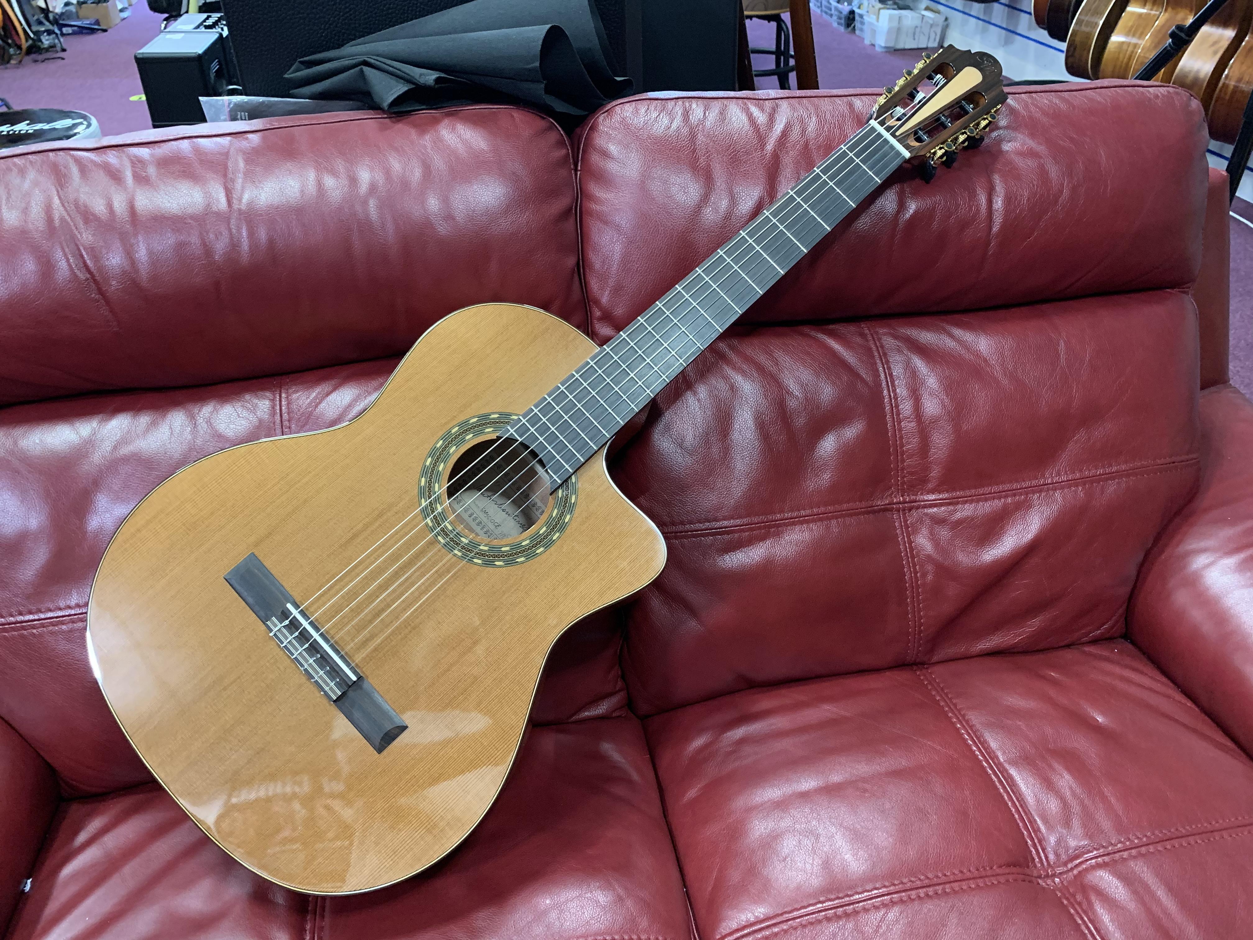 Santos Martinez SM500CE Classical Guitar