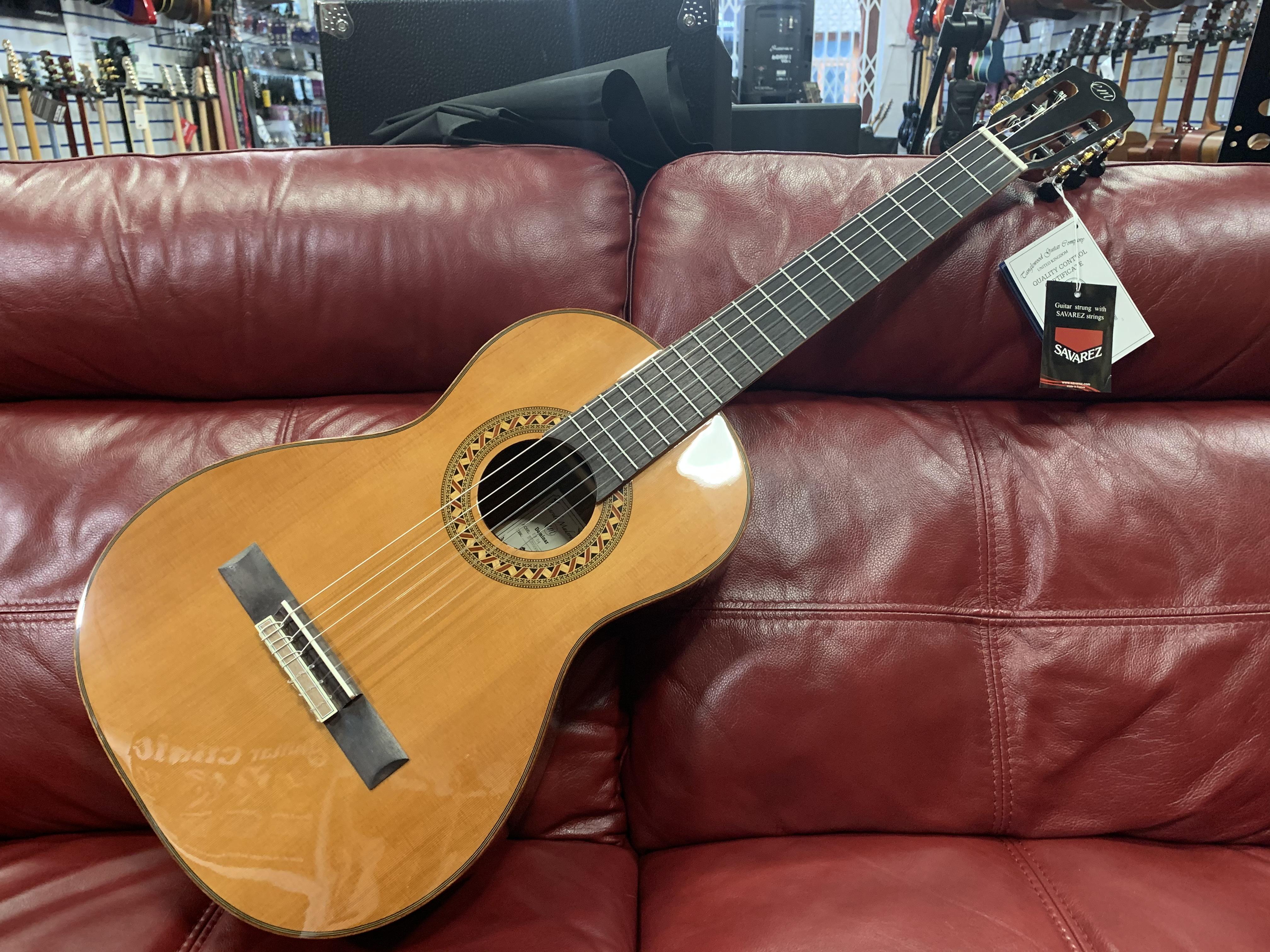 Enredo Madera EM D4 Parlour Classical Guitar