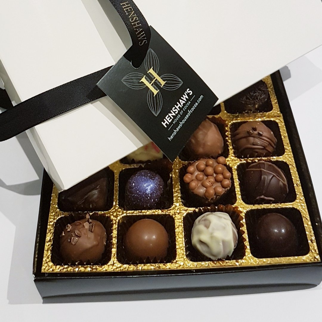 MULTI-BUY 12 BOX MIXED CHOCOLATE TRUFFLES (2 BOXES, CONTAINS ALCOHOL)