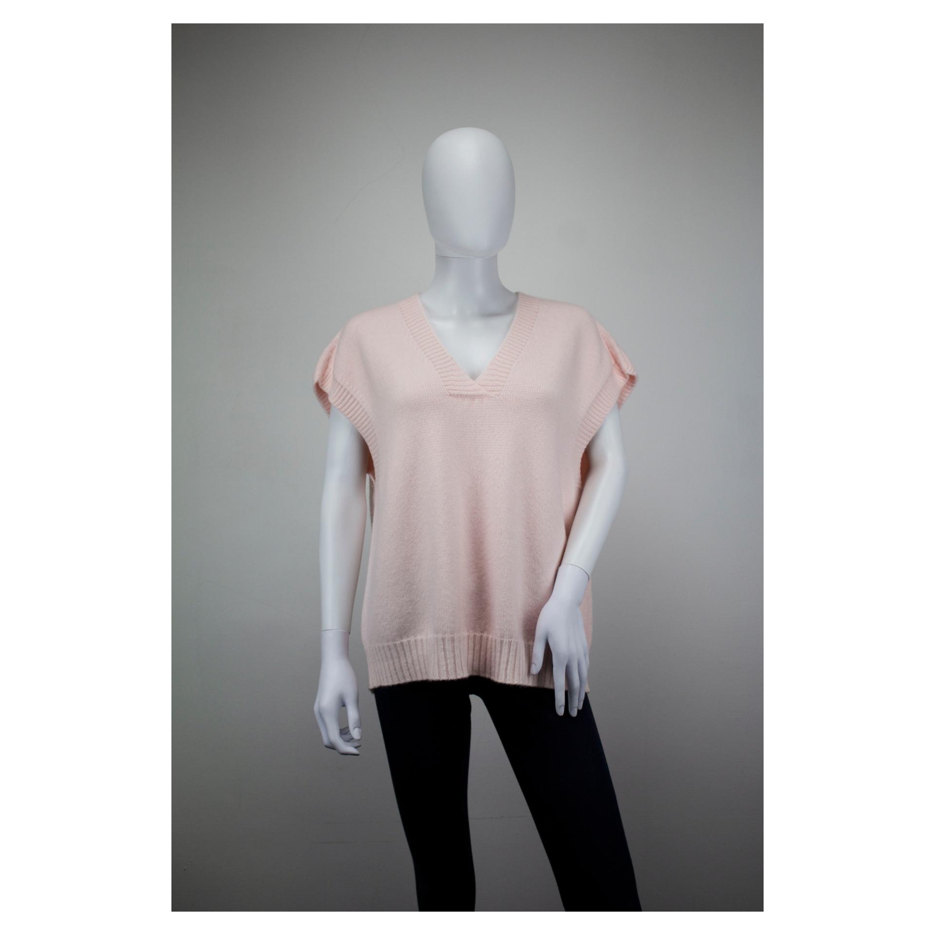 V-Neck Vest (Blossom Pink)