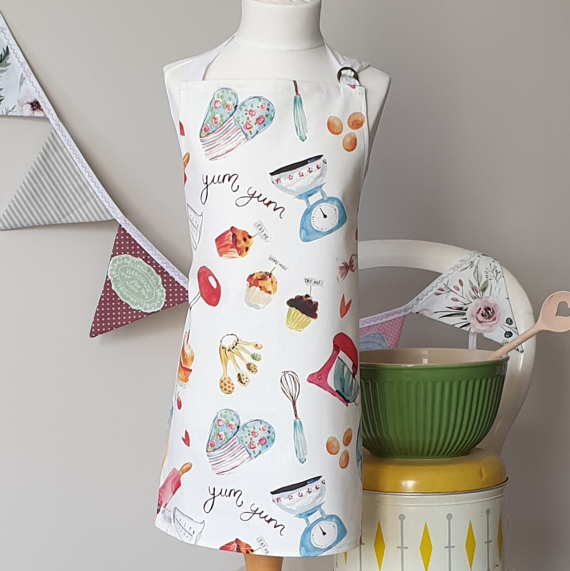 Adult Apron - She Could Sew She Did