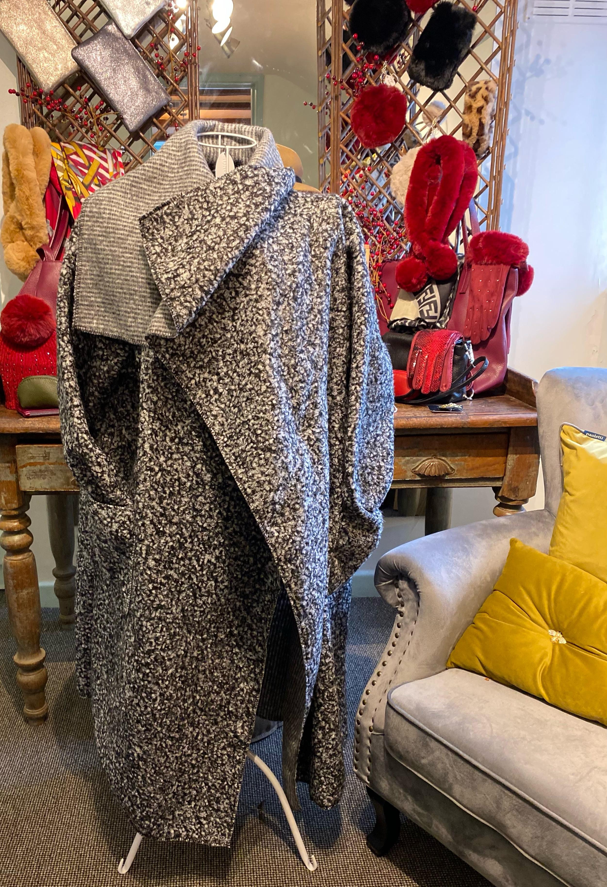 Ladies Coat (Grey)