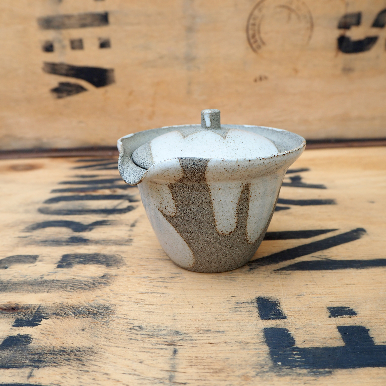 Shiboridashi, Spontaneous Glaze by Karina Klages