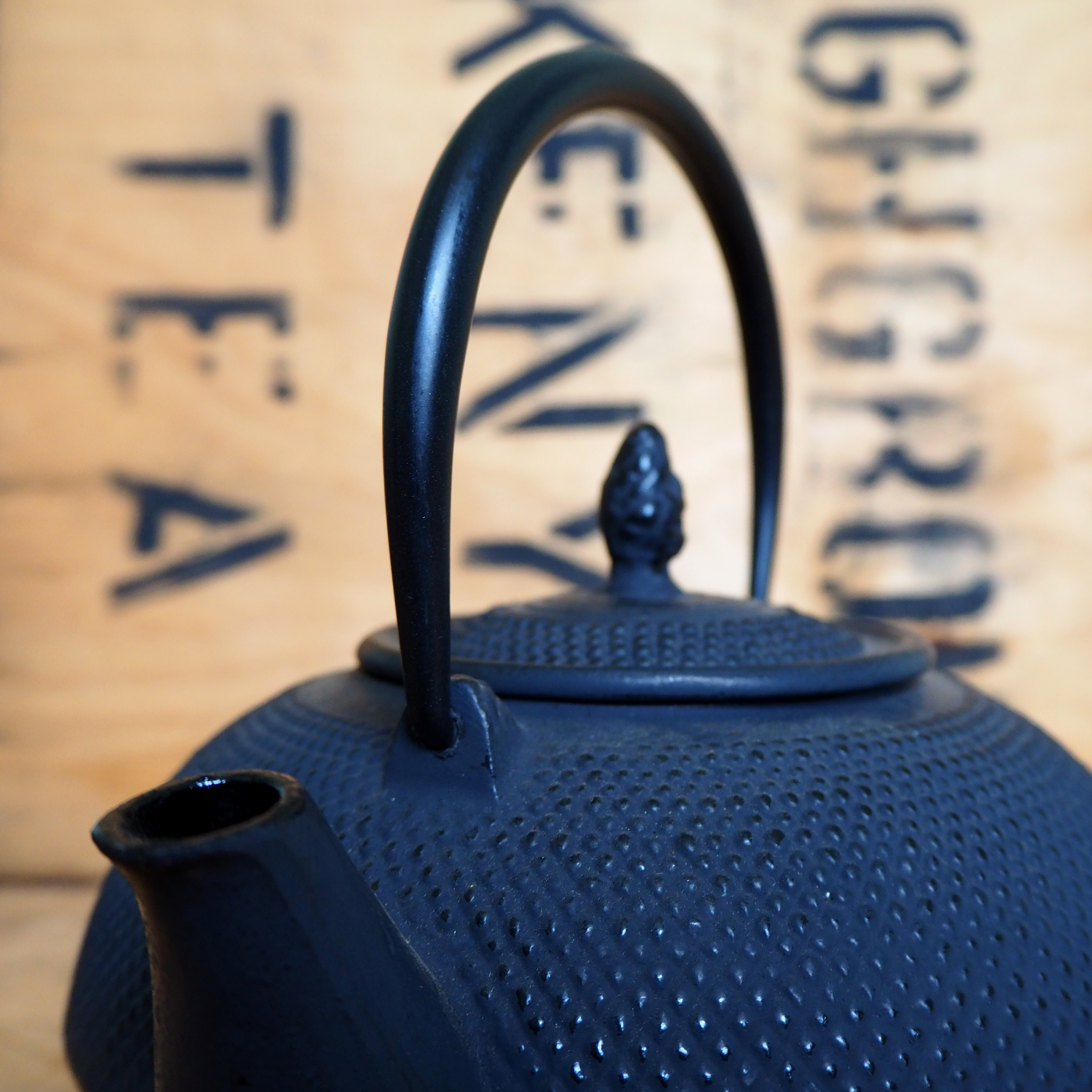 Cast Iron Teapot ~ 1.6l