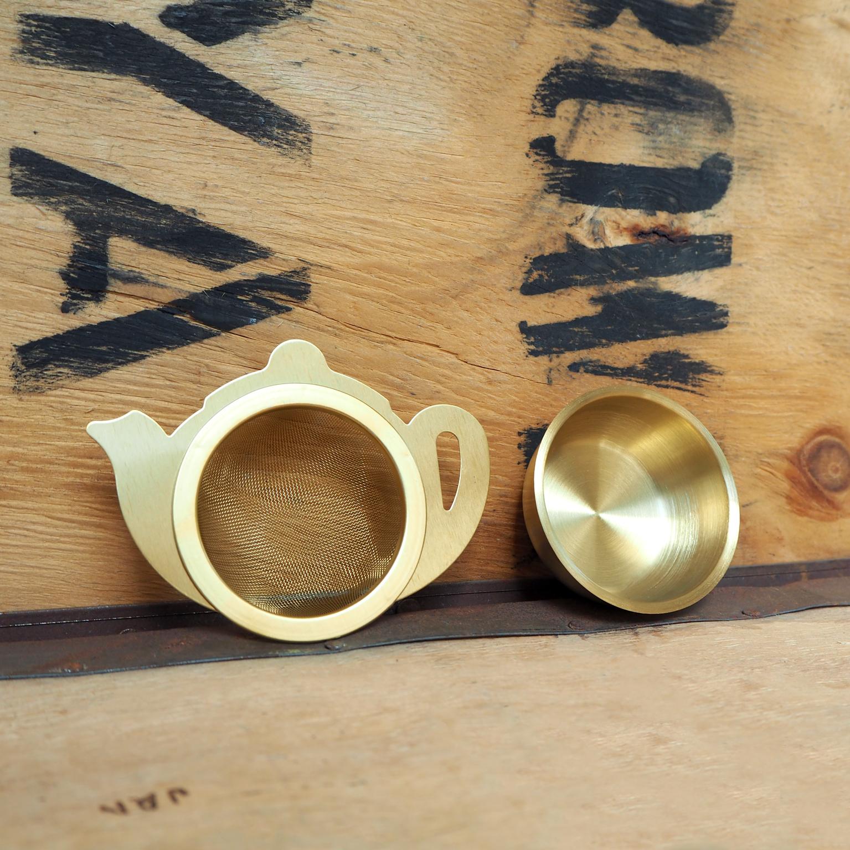 Tea Strainer ~ Gold Teapot