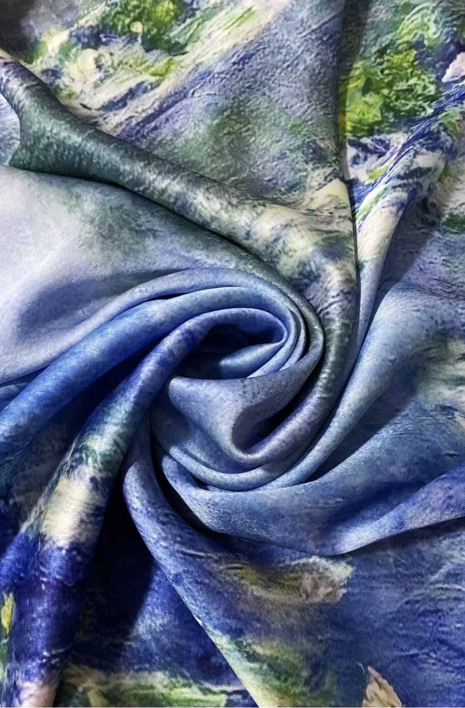 3450 Claude Monet Water Lilly Print Silk Scarf