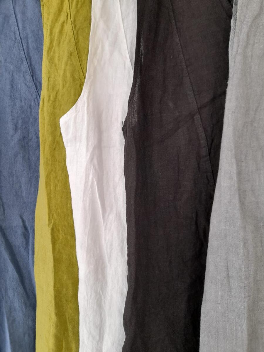 ET02 V Neck Sleeveless Linen Top