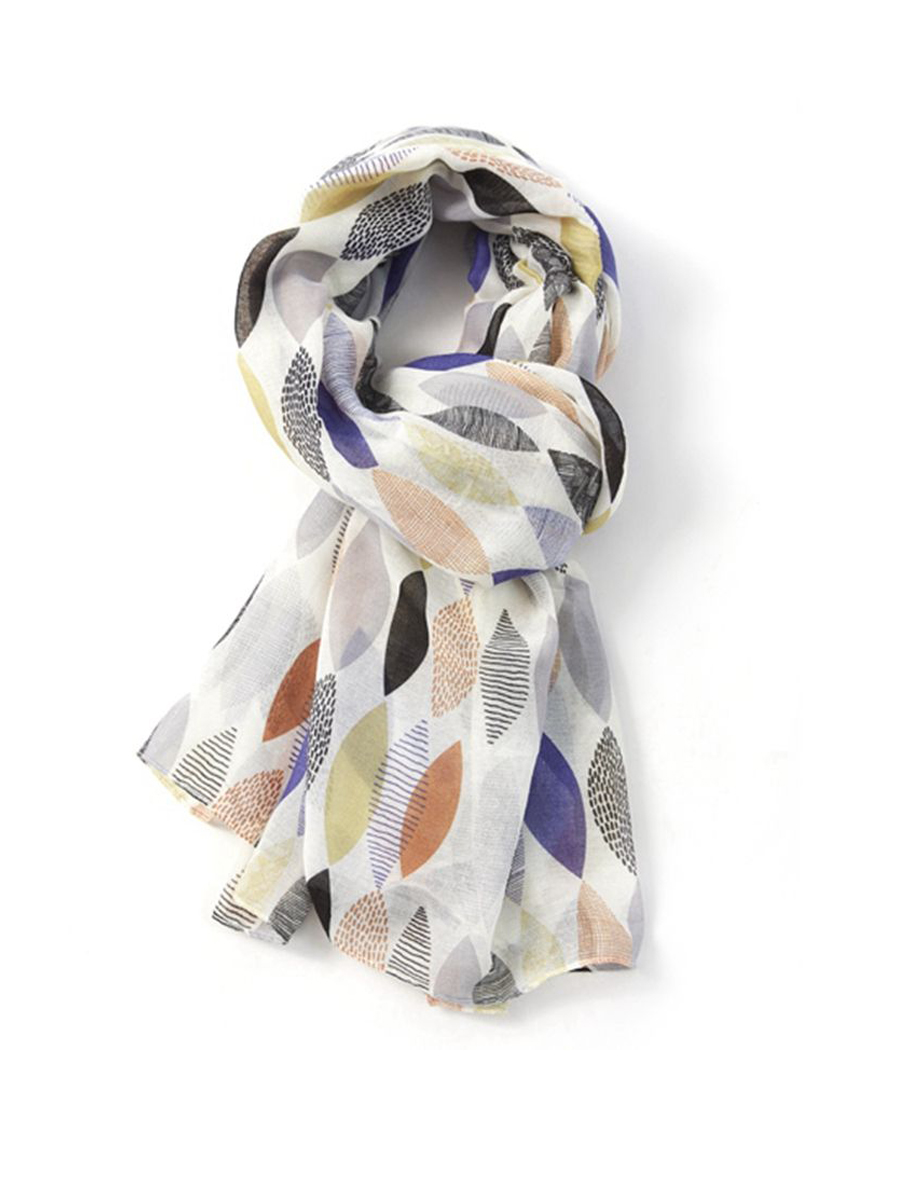 20076 Patterned Leaves Scarf
