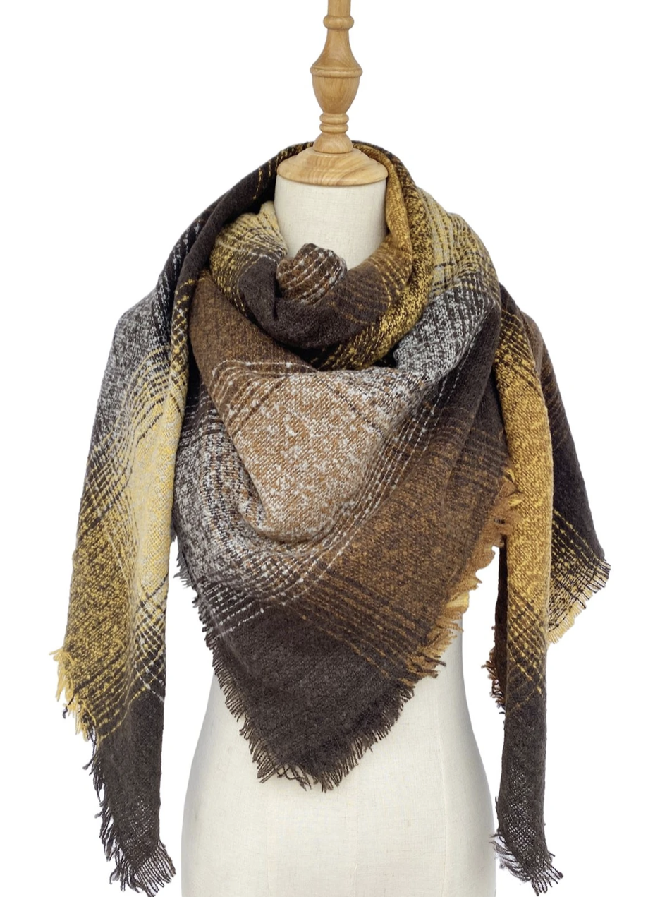 3583 Boucle Style Check Square Scarf