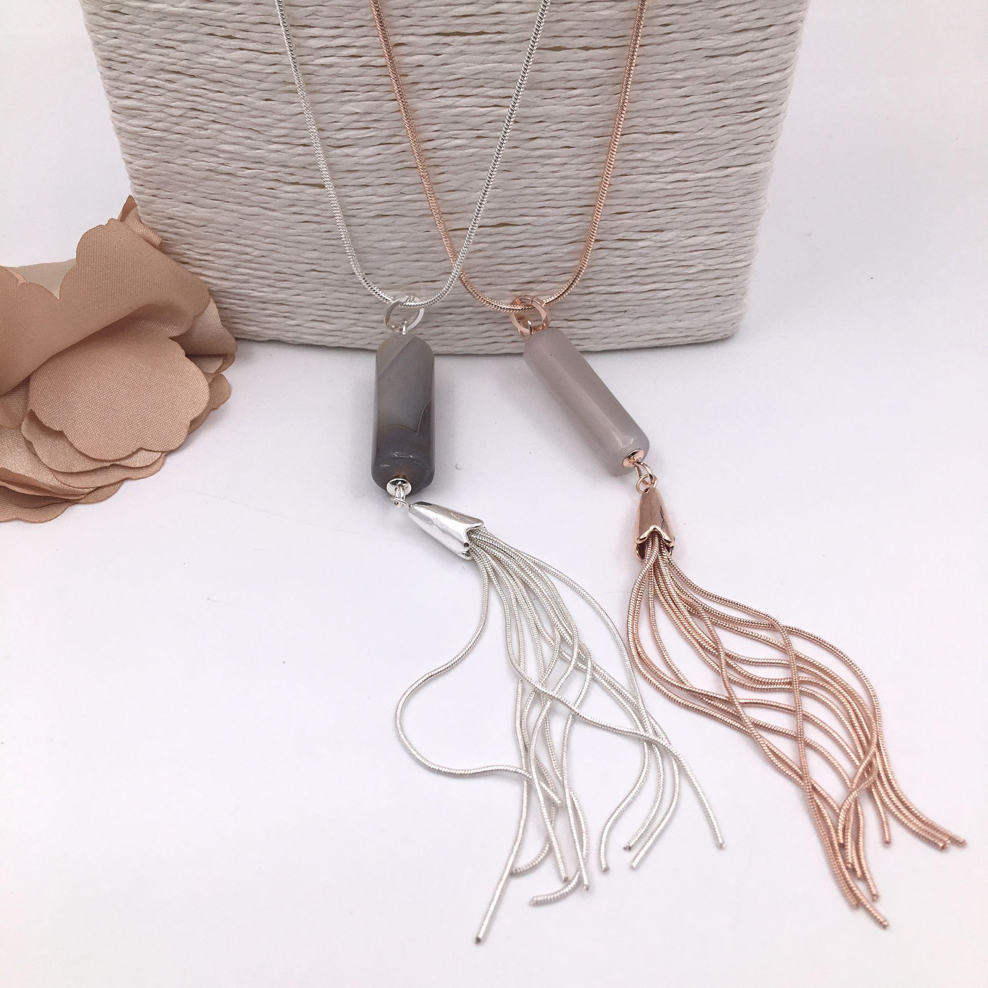 RE3003 Tubular & Tassle Necklace