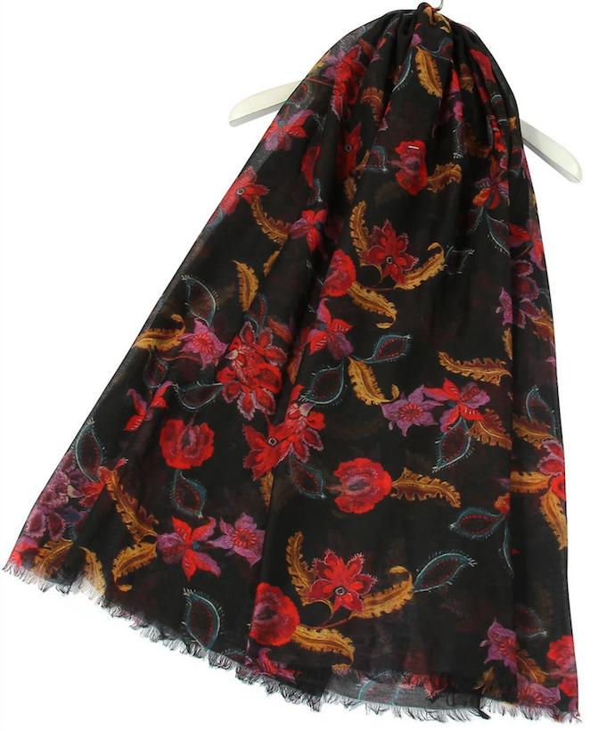 3083 Oriental Floral Print Frayed Scarf