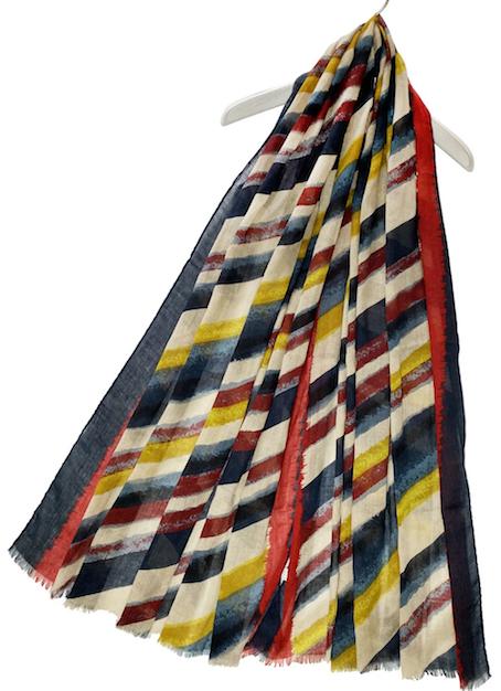 3591 Diagonal Stripe Print Frayed Scarf