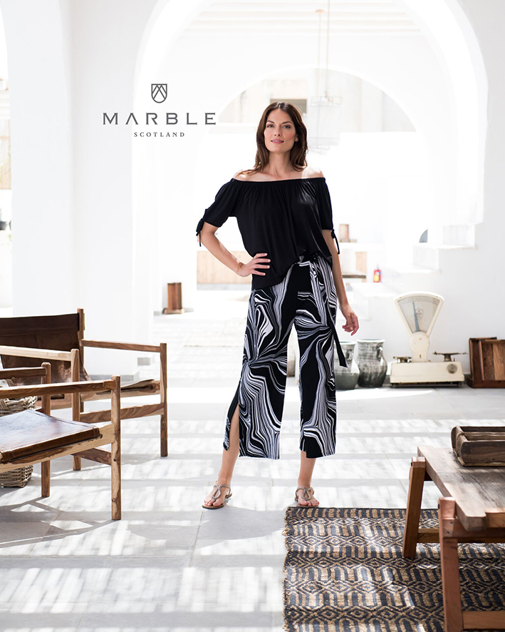 5729 MARBLE Off the shoulder top